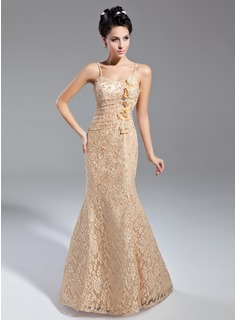 Trumpet/Mermaid Sweetheart Floor-Length Lace Mother of the Bride Dress With Ruffle Flower(s)