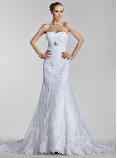 Trumpet/Mermaid Sweetheart Court Train Satin Tulle Wedding Dress With Ruffle Lace Crystal Brooch