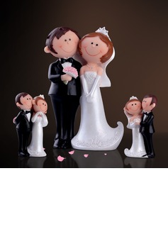 Bride And Groom Resin Wedding Cake Topper (3 Pieces)