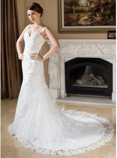 A-Line/Princess Sweetheart Chapel Train Satin Tulle Wedding Dress With Lace Beadwork