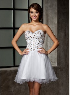 A-Line/Princess Sweetheart Short/Mini Satin Tulle Homecoming Dress With Beading Sequins