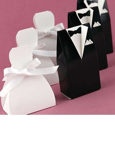 Bride & Groom Favor Box With White Ribbon (Set of 6 Pairs) (050006374)