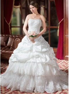 Ball-Gown Sweetheart Chapel Train Taffeta Organza Wedding Dress With Ruffle Lace Beadwork