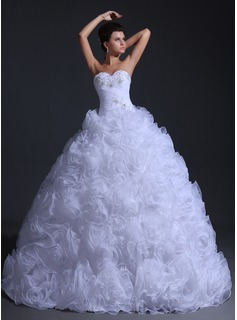 Ball-Gown Sweetheart Floor-Length Organza Wedding Dress With Ruffle Beadwork