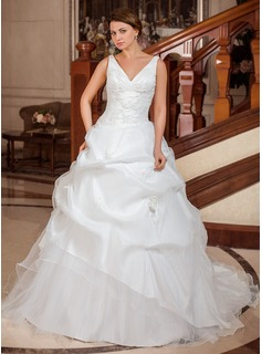 Ball-Gown V-neck Chapel Train Taffeta Organza Wedding Dress With Ruffle Appliques Lace