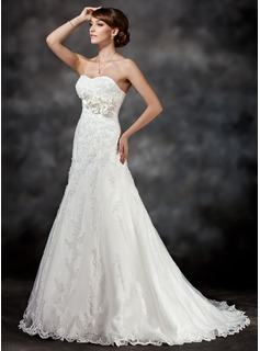A-Line/Princess Sweetheart Court Train Satin Tulle Wedding Dress With Lace Flower(s) Sequins (002017416)