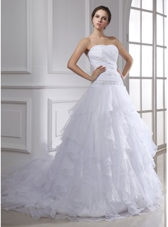 Ball-Gown Sweetheart Court Train Organza Wedding Dress With Ruffle Lace Beadwork