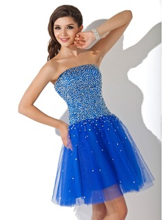 A-Line/Princess Strapless Short/Mini Satin Tulle Homecoming Dress With Beading Sequins