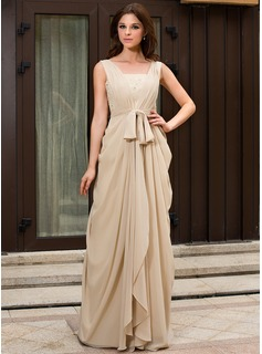 A-Line/Princess V-neck Sweep Train Chiffon Evening Dress With Ruffle Lace Beading