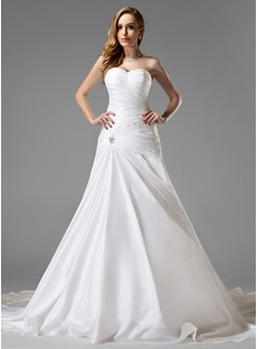 A-Line/Princess Sweetheart Chapel Train Taffeta Wedding Dress With Ruffle Crystal Brooch