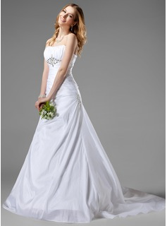 A-Line/Princess Sweetheart Chapel Train Taffeta Wedding Dress With Ruffle Beadwork (002001186)