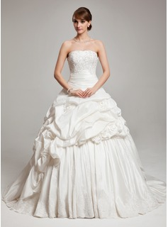 Ball-Gown Strapless Chapel Train Taffeta Wedding Dress With Ruffle Lace Beadwork (002017561)