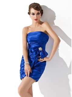 Sheath Strapless Short/Mini Charmeuse Cocktail Dress With Ruffle Crystal Brooch (016005263)