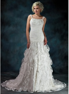 A-Line/Princess Sweetheart Chapel Train Satin Lace Wedding Dress With Ruffle Beadwork