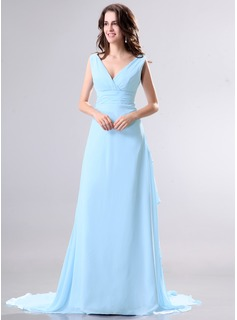 A-Line/Princess V-neck Watteau Train Chiffon Mother of the Bride Dress With Ruffle (008014269)