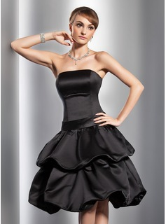 A-Line/Princess Strapless Knee-Length Satin Homecoming Dress With Ruffle