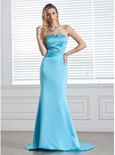 A-Line/Princess Sweetheart Court Train Charmeuse Evening Dress With Beading