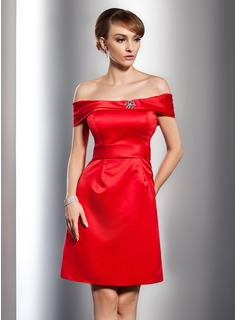 A-Line/Princess Off-the-Shoulder Knee-Length Satin Cocktail Dress With Beading (016014759)