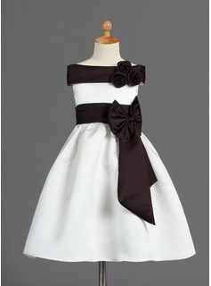 A-Line/Princess Off-the-Shoulder Tea-Length Satin Flower Girl Dress With Sash Flower(s) Bow(s)
