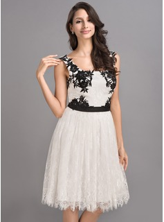 A-Line/Princess Square Neckline Knee-Length Charmeuse Lace Homecoming Dress With Sash