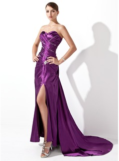 A-Line/Princess Sweetheart Court Train Charmeuse Evening Dress With Ruffle Beading