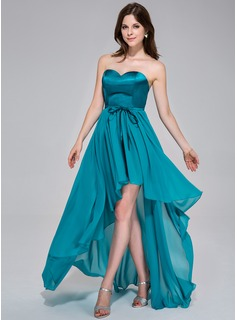 A-Line/Princess Sweetheart Asymmetrical Chiffon Charmeuse Holiday Dress With Ruffle