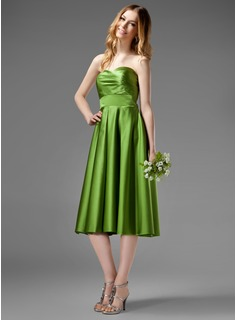 A-Line/Princess Sweetheart Tea-Length Satin Bridesmaid Dress With Ruffle (007000955)
