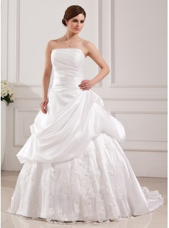 Ball-Gown Strapless Court Train Taffeta Tulle Wedding Dress With Lace (002019536)