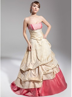 Ball-Gown Sweetheart Floor-Length Taffeta Quinceanera Dress With Ruffle Lace (021014698)