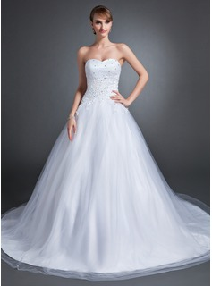 Ball-Gown Sweetheart Chapel Train Tulle Wedding Dress With Lace Beadwork