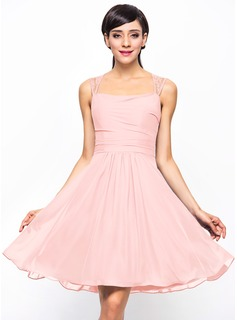 A-Line/Princess Knee-Length Chiffon Lace Bridesmaid Dress With Ruffle