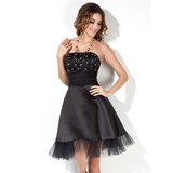 A-Line/Princess Strapless Knee-Length Satin Tulle Cocktail Dress With Ruffle Beading (016002430)