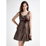 Empire Scoop Neck Short/Mini Taffeta Bridesmaid Dress With Ruffle Sash Flower(s) (022015823)