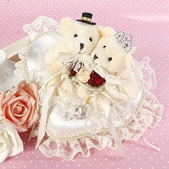 Heart Shaped Wedding Ring Pillow With Bear Couple(103018249)