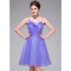 A-Line/Princess Sweetheart Knee-Length Organza Homecoming Dress With Ruffle Flower(s)