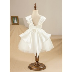 Ball Gown Knee-length Flower Girl Dress - Satin/Tulle Sleeveless Square Neckline With Appliques