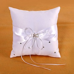 Ring Pillow In White Satin With Sash And Rhinestones(103018443)