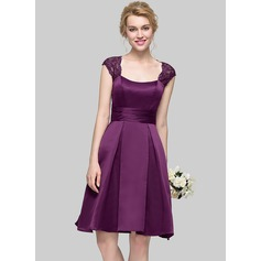 A-Line/Princess Square Neckline Knee-Length Satin Bridesmaid Dress With Ruffle