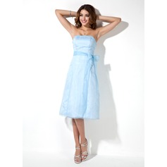 A-Line/Princess Strapless Knee-Length Organza Bridesmaid Dress With Bow(s)