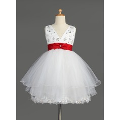Empire Knee-length Flower Girl Dress - Satin/Tulle Sleeveless V-neck With Lace/Sash/Beading/Bow(s)