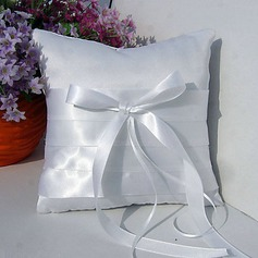 Ring Pillow in Satin With Sash Bow