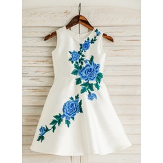 A-Line/Princess Knee-length Flower Girl Dress - Satin/Cotton Sleeveless Scoop Neck With Embroidered