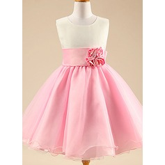 A-Line/Princess Knee-length Flower Girl Dress - Cotton Blends Sleeveless Scoop Neck With Flower(s)