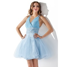 A-Line/Princess Short/Mini Tulle Homecoming Dress With Ruffle Beading