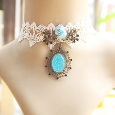 Chic Alloy Lace Gem With Lace Gem Ladies' Fashion Necklace