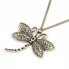 Butterfly Shaped Alloy Ladies' Fashion Necklace