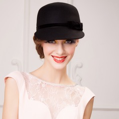 Ladies' Glamourous Autumn/Winter Wool With Bowler/Cloche Hat