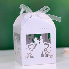 Bride & Groom Cuboid Favor Boxes With Ribbons