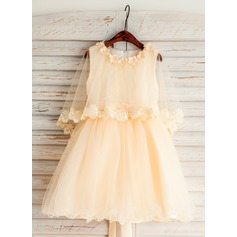 A-Line/Princess Knee-length Flower Girl Dress - Tulle/Lace Scoop Neck With Beading/Flower(s)