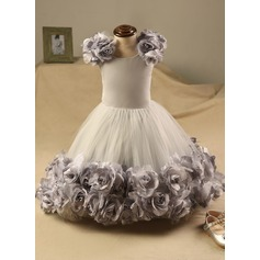 Ball Gown Knee-length Flower Girl Dress - Polyester/Cotton Sleeveless Scoop Neck With Flower(s)